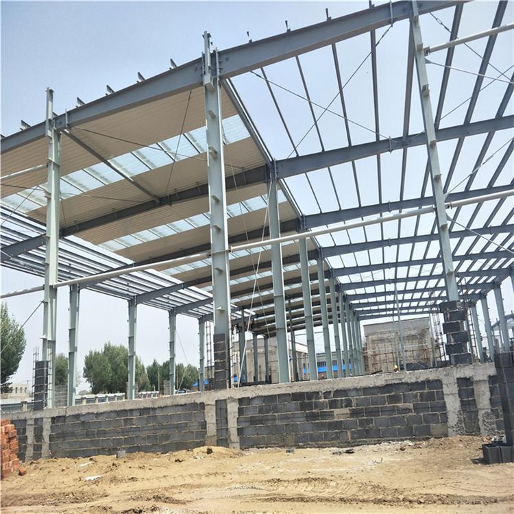 钢构厂房的主要特征有哪些?